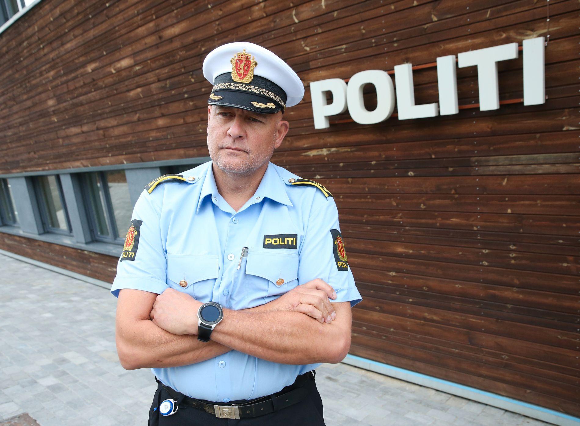HADDE KJENNSKAP TIL MANNEN: Stabssjef Pål Erik Teigen sier at politiet visste hvem mannen var fra før av når de oppsøkte adressen hans. Han beskriver hendelsen som tragisk.