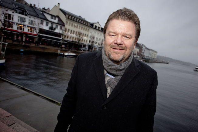 MISFORNØYD: Tidligere kunnskapsminister Øystein Djupedal (SV) mener den norske mobbepolitikken ikke har fungert godt nok. Nå leder han i et regjeringsoppnevnt utvalg som skal foreslå nye mobbetiltak.