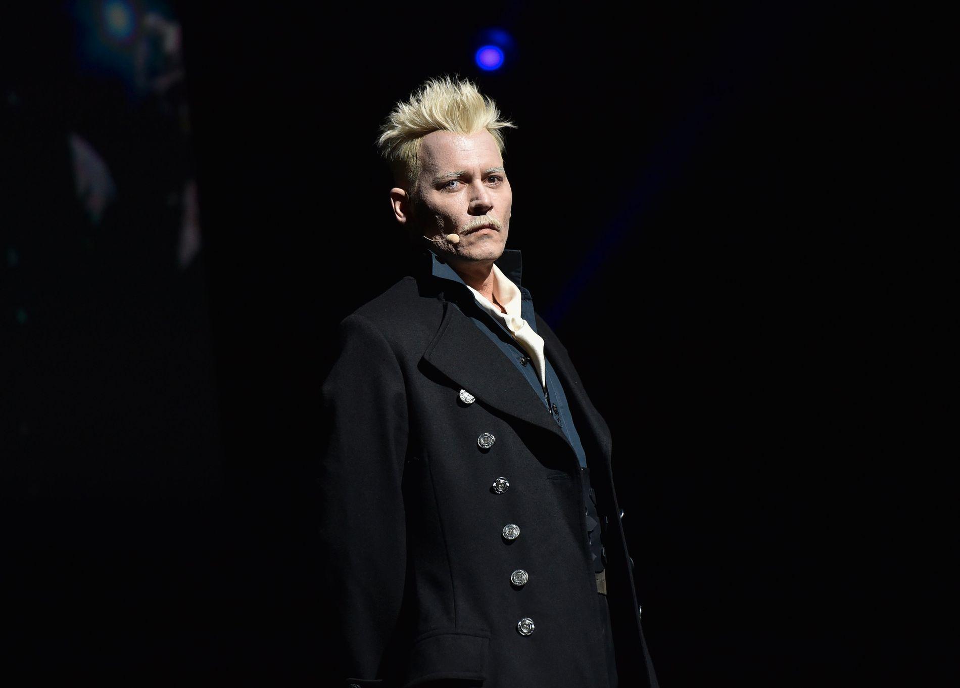 TRØBBEL PÅ FLERE KANTER: Johnny Depp, her fotografert på Comic Con i juli.