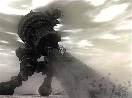 ENORMT: Det er kolosser som dette, du skal klatre på og til slutt nedkjempe i «Shadow of the Colossus». Alle har sitt svake punkt, som monstere som regel har, det gjelder å finne og utnytte. Alt mens kolossen beveger seg og gjør sitt beste for å kaste deg av. Foto: Sony