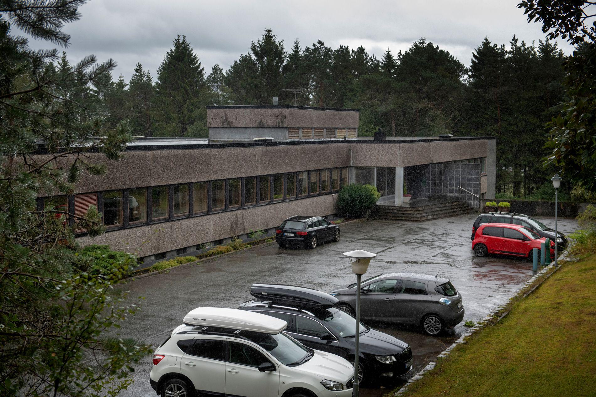 RUSINSTITUSJON: Onsdag ble to ledere suspendert fra sine stillinger i Bergensklinikken. Nå ønsker mellomledere i Bergensklinikken at administrerende direktør Ole Hope skal gå av.