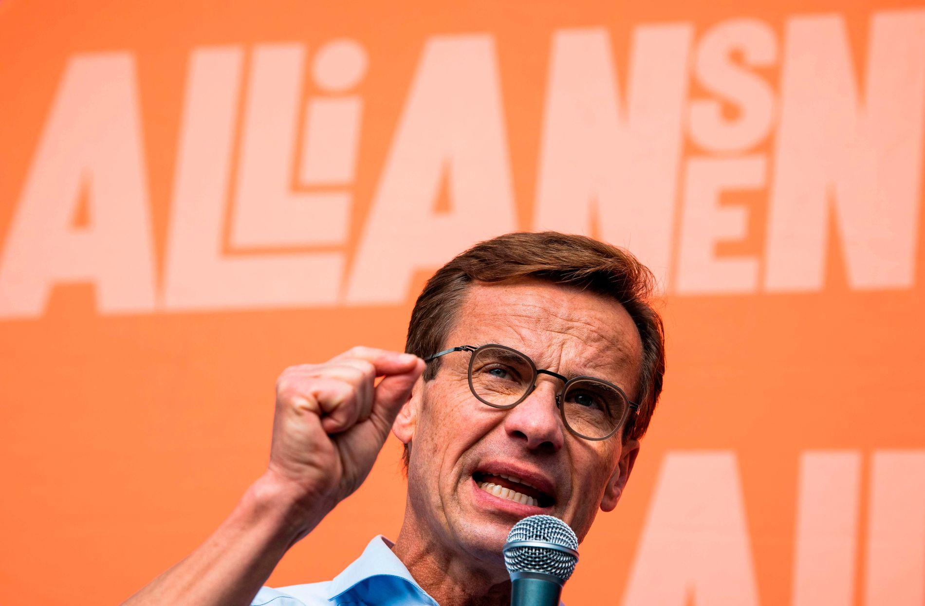 KANDIDATENE: Sverigedemokraternas leder Jimmie Åkesson vil gjerne samarbeide, men Moderaternas leder Ulf Kristersson (på bildet) sier nei.