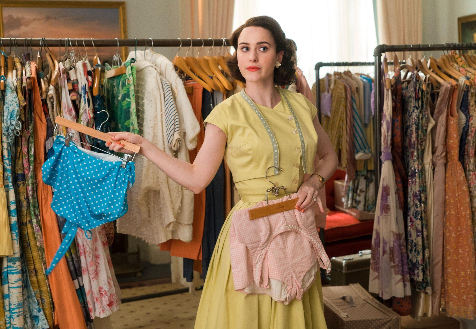 KOMIKER: Rachel Brosnahan som Miriam «Midge» Maisel.