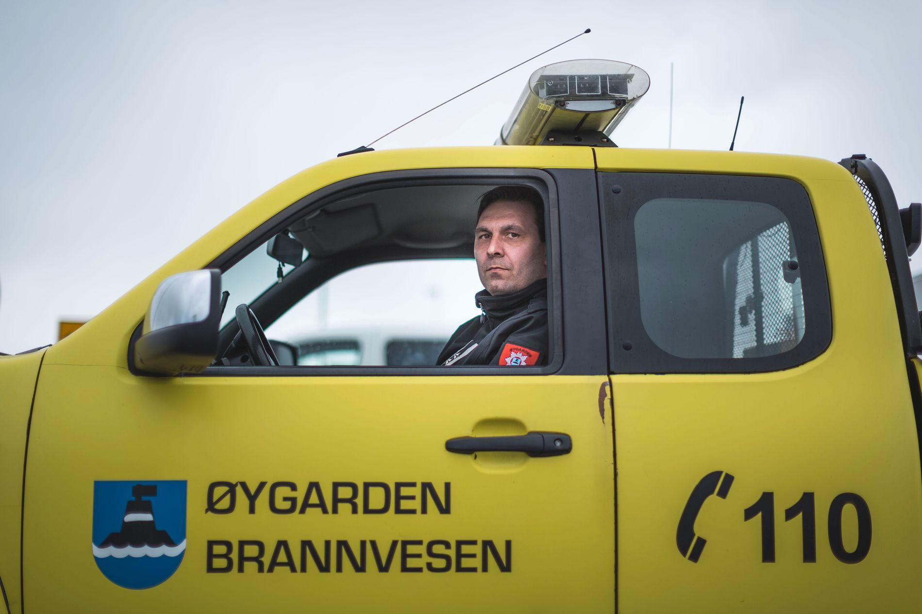 TØFF OPPLEVELSE: Tolv menn og en kvinne omkom da et helikopter fra CHC Helicopter Service styrtet ved Turøy i Øygarden kommune. Jarl Hestad fra Øygarden brannvesen var en av de første på ulykkesstedet.