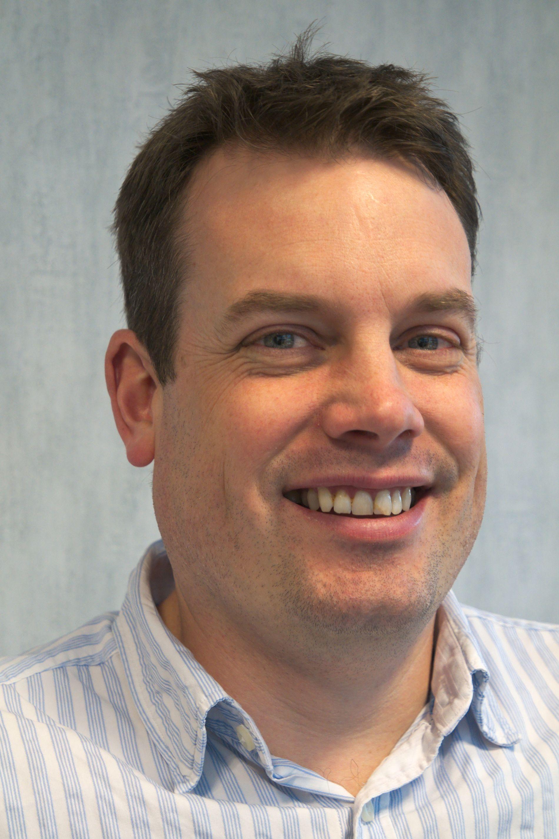 ARKITEKTUR-INGENIØREN: Rob Sykes jobber ved OCZs forskning- og utviklingssenter i Abingdon, Storbritannia. Oppgaven er sørge for at SSD-ene de lager er de mest pålitelige og beste på markedet.