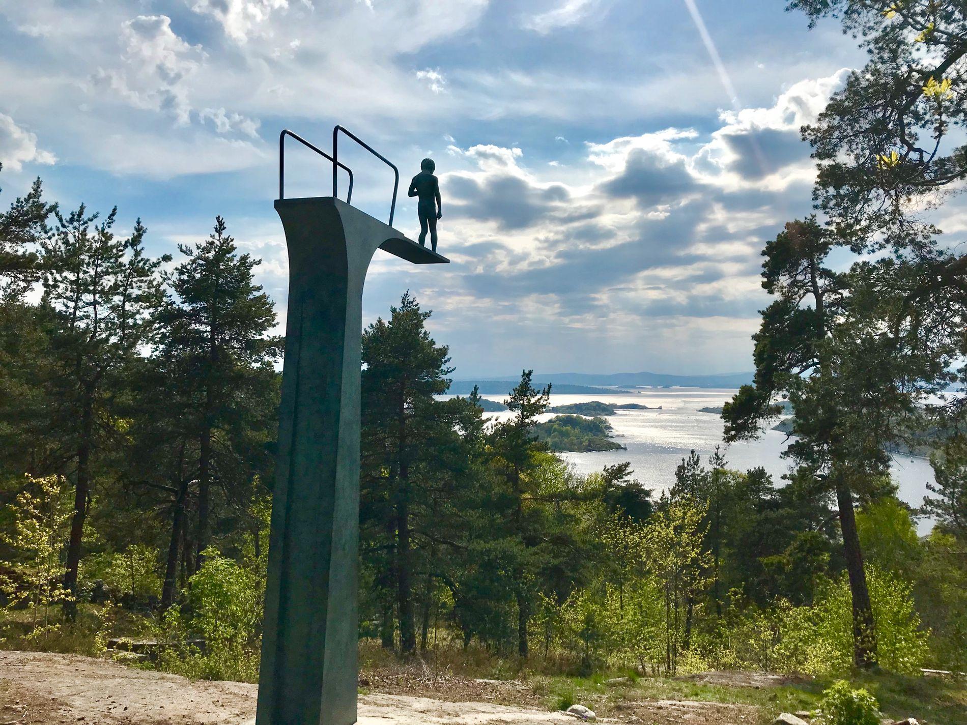 USTABILT I OSLO: De som i helgen tar seg en tur i Ekebergparken skulpturpark, hvor bildet er tatt, må nok regne med at det kan komme en skur.