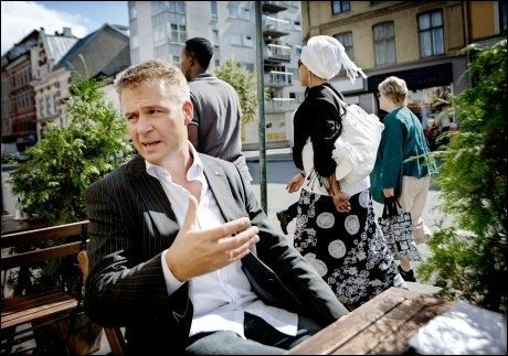 BREMSENE PÅ: Frps innvandringspolitiske talsmann Per Willy Amundsen mener politikerne overkjører flertallet i befolkningen i innvandringspolitikken. Foto: Linn Cathrin Olsen