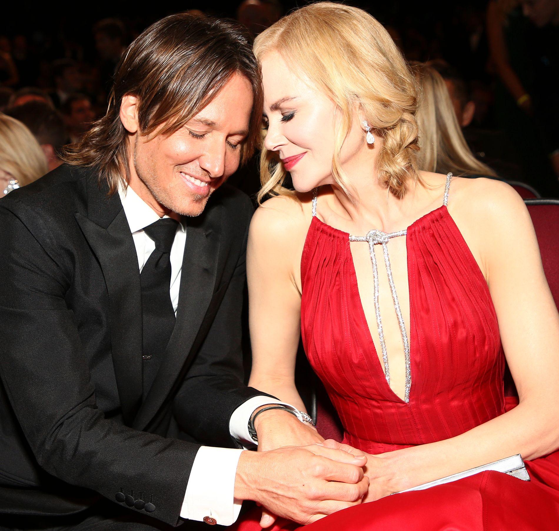 STJERNEPAR: Keith Urban og Nicole Kidman på Emmy Awards i september.