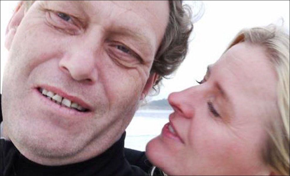 VIES LØRDAG: Fredric Hauge gifter seg med Ingrid Kristiansen på Ingierstrand. Foto: PRIVAT