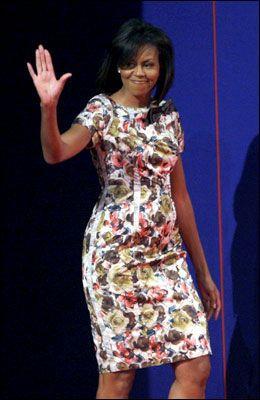 VAR MED: Etter debatten gikk de to presidentkandidatene umiddelbart bort til sine respektive koner. Her Michelle Obama. Foto: Reuters