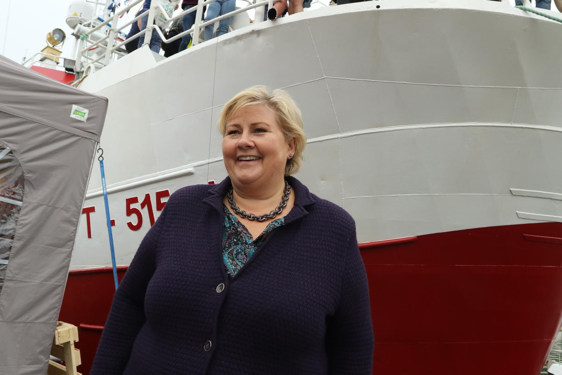 TASKS: Prime Minister Erna Solberg (H) finds it difficult to give the counties new tasks before politicians know how big the provinces are.