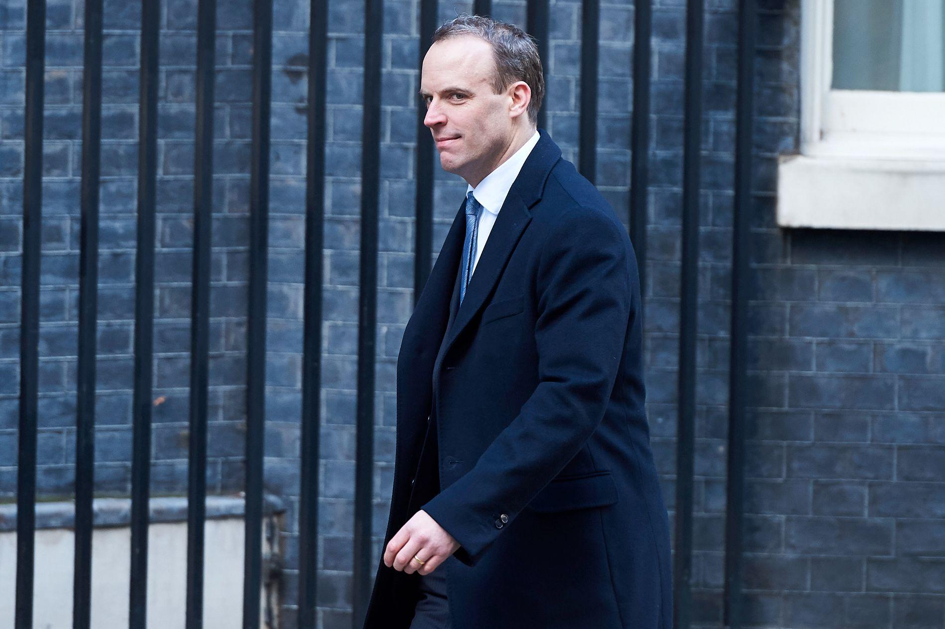 UTFORDRENDE: Dominic Raab tar over jobben med forhandle frem en avtale med EU om Brexit.