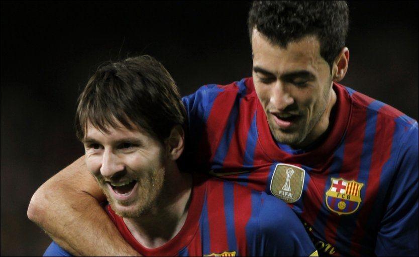 50 LIGAMÅL: Lionel Messi puttet fire ganger mot Espanyol, og rundet med det 50 ligamål i en utrolig sesong. Foto: Reuters