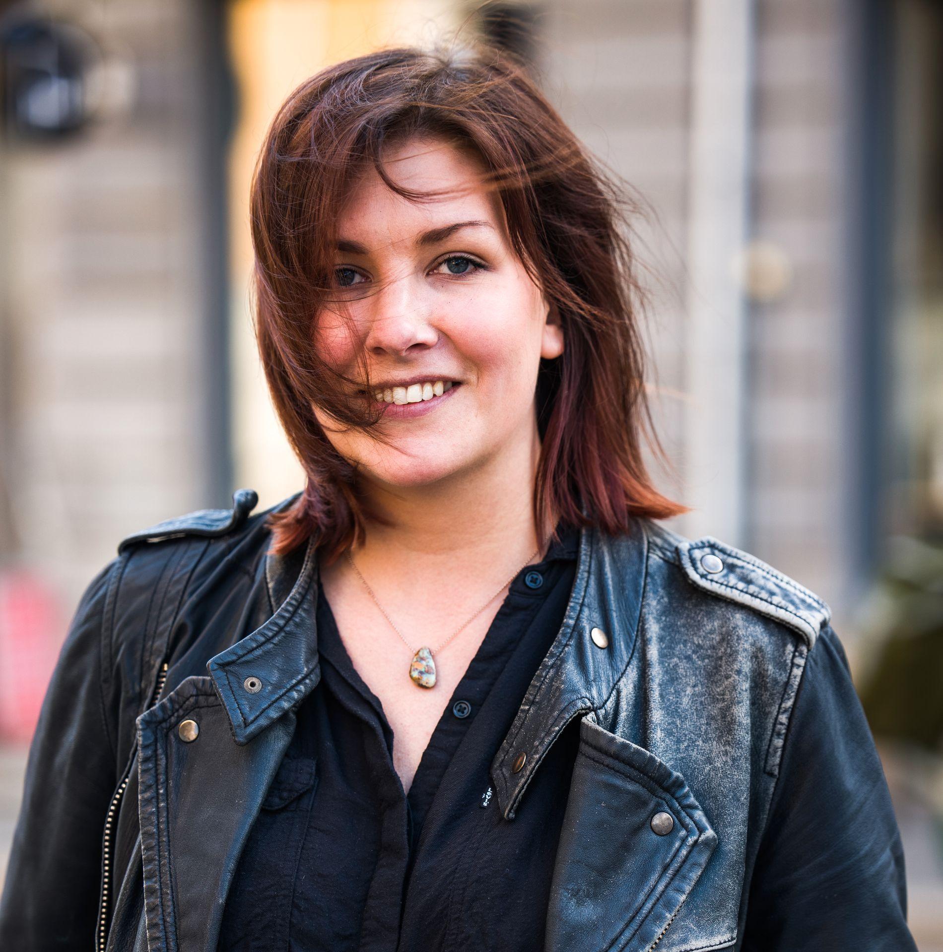 MYE HÅR: Malin Fonell mistet mye hår før hun prøvde Hair Luxious.