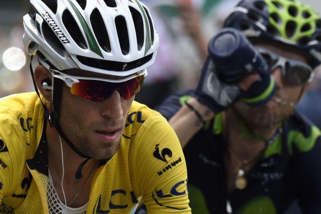 SUVEREN: Vincenzo Nibali leder Touren med over fire og et halvt minutt på Alejandro Valverde - med en uke igjen å sykle.