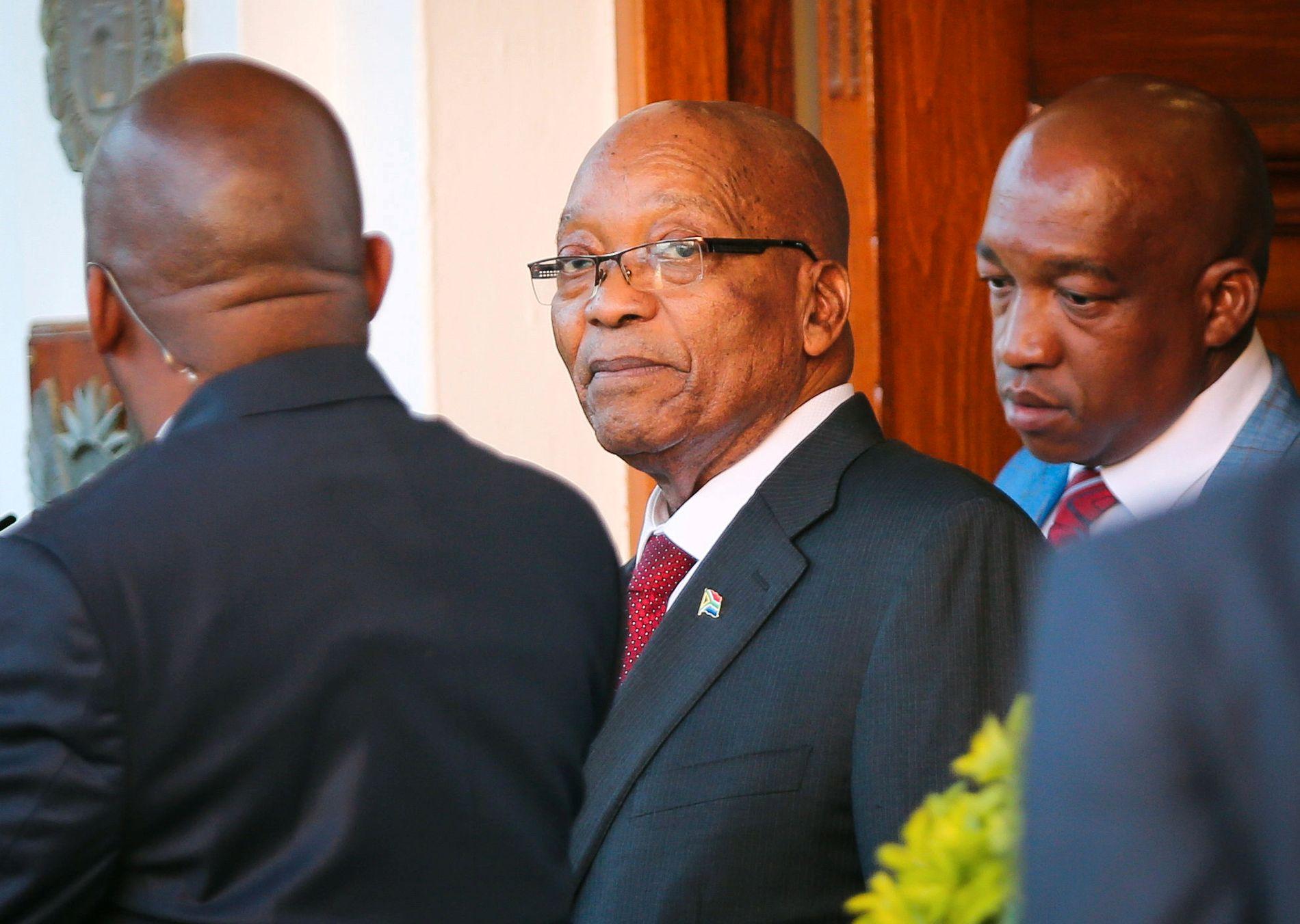KJEMPER: Sør-Afrikas president Jacob Zuma er blitt bed om å trekke seg. Så langt har han ikke tatt ANC-ledelsens krav til følge. Zuma har bedt om å få sitte som president i tre måneder til.