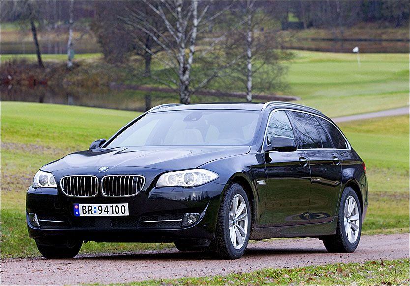 I PRAKTSLAG: BMW 5-Serie er best likt av eierne, 3-Serien nest best likt totalt. Her er 5-Serien fotografert på golfbanen på Bogstad i Oslo for to år siden, i forbindelse med en test. Foto: Jan Petter Lynau