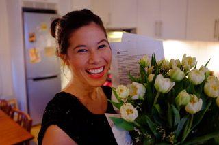 OVERVELDET: Miljø- og samferdselsbyråd Lan Marie Nguyen Berg ble overrasket og glad over blomstene, sier hun til VG.