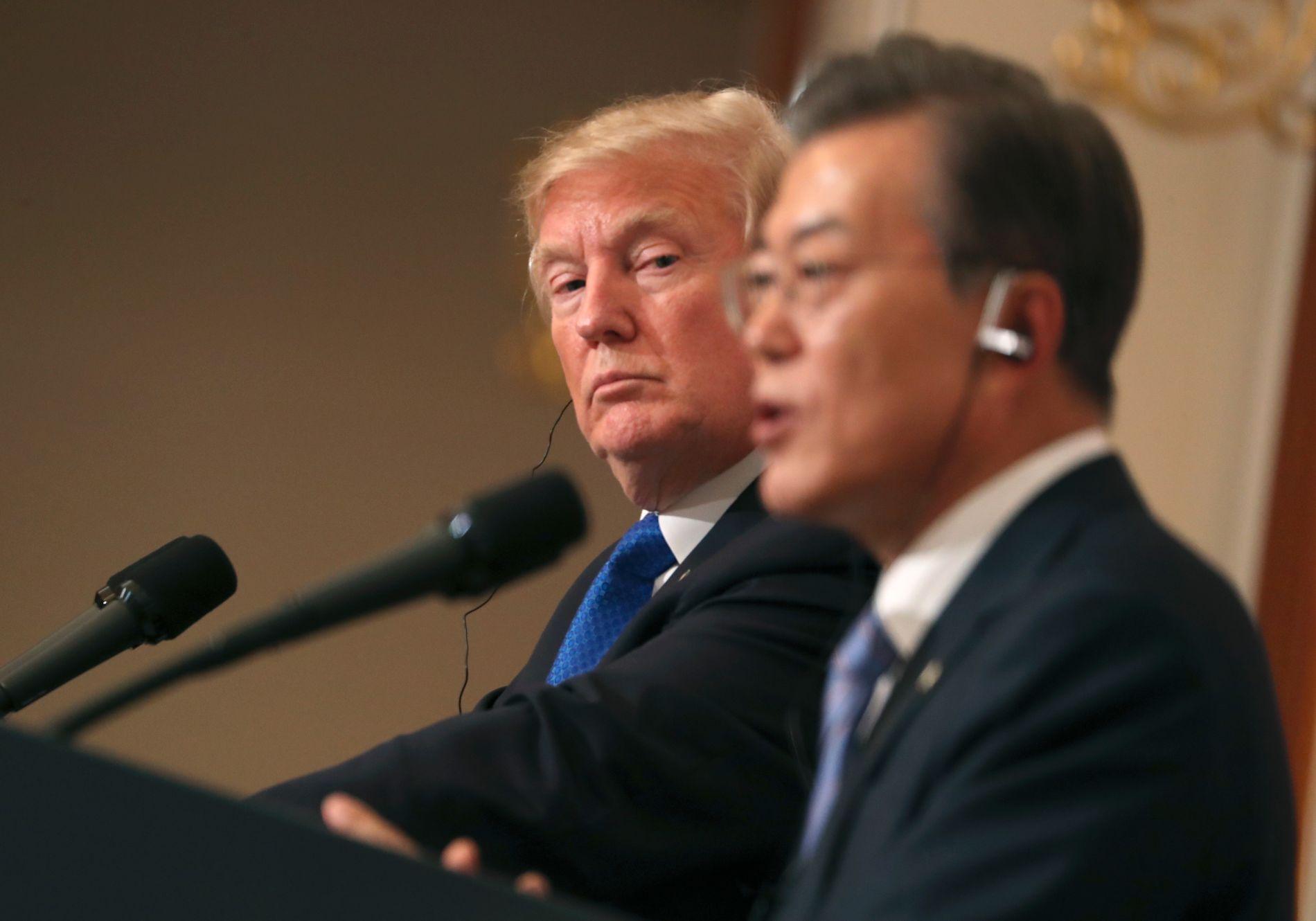 TOPPMØTE: Donald Trump og Moon Jae-in møtte hverandre i den sørkoreanske hovedstaden Seoul i juni 2017. Der ble de enige om å forhandle med Nord-Korea.