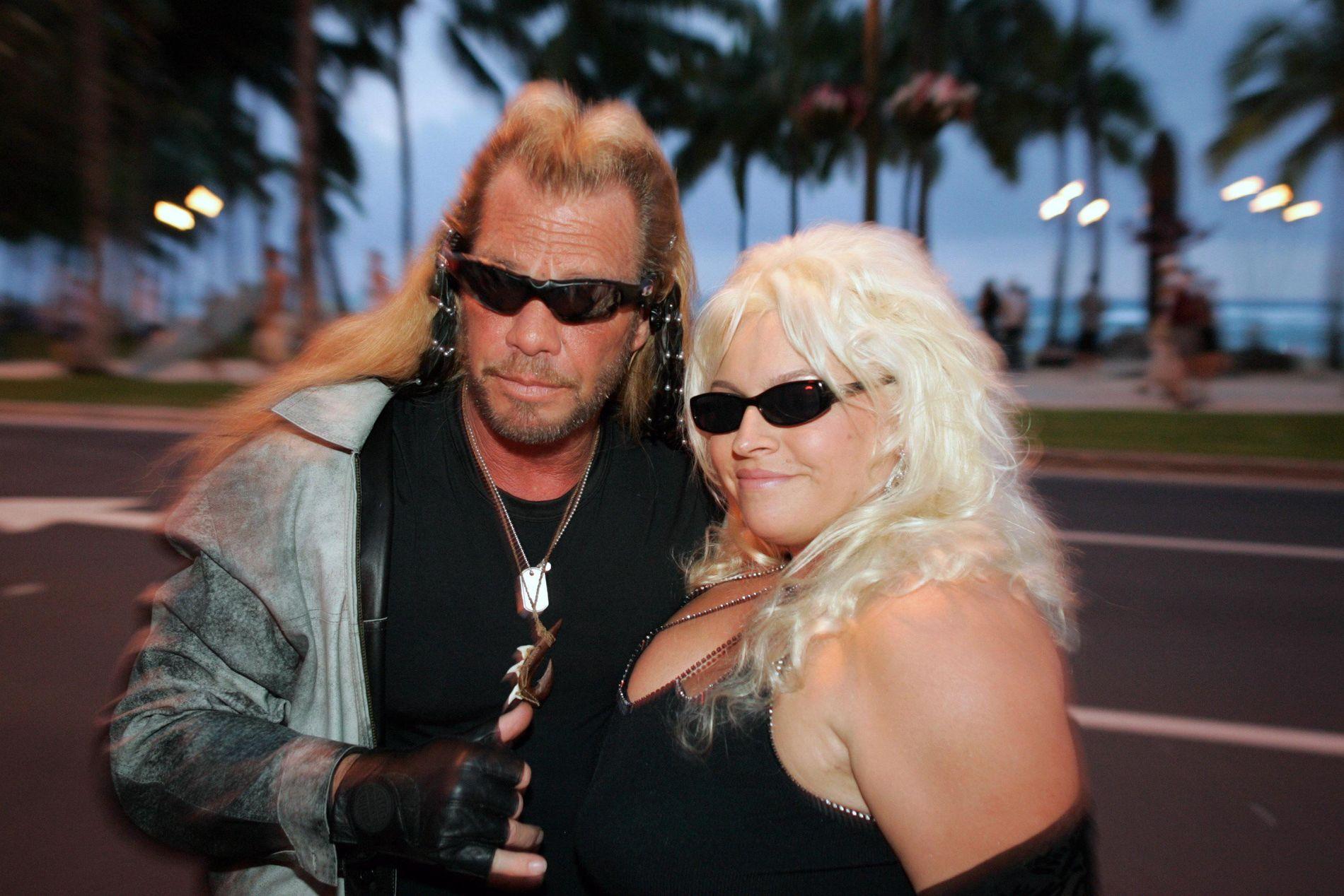 KJEMPER FOR LIVET: Beth Chapman fra «Dog The Bounty Hunter» - her sammen med mannen Duane - fikk tilbakefall på kreftsykdommen.