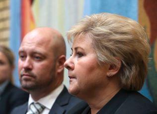 Statsminister Erna Solberg og justisminister Anders Anundsen t.v. møtte de parlamentariske lederne i Stortinget tirsdag ettermiddag.