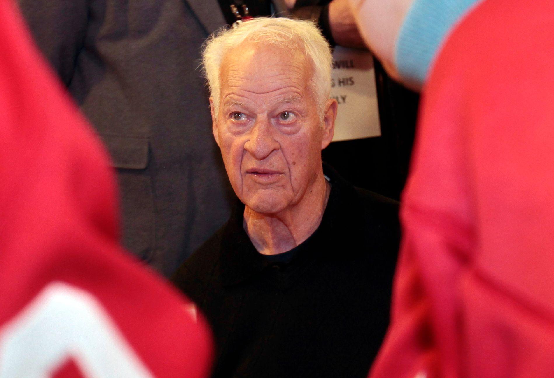 HOCKEY-HELT: Gordie Howe fotografert da Detroit Red Wings feiret 85-årsdagen til legenden.