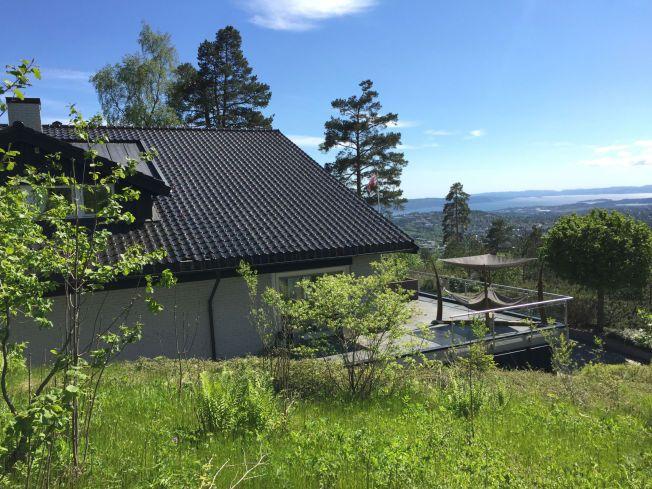 d7f3940b KOLL OVER OSLO: Magnus Carlsen får denne panoramautsikten over Norges  hovedstad fra sin nye enebolig – oppført i 1985. Foto:Terje Bringedal,VG