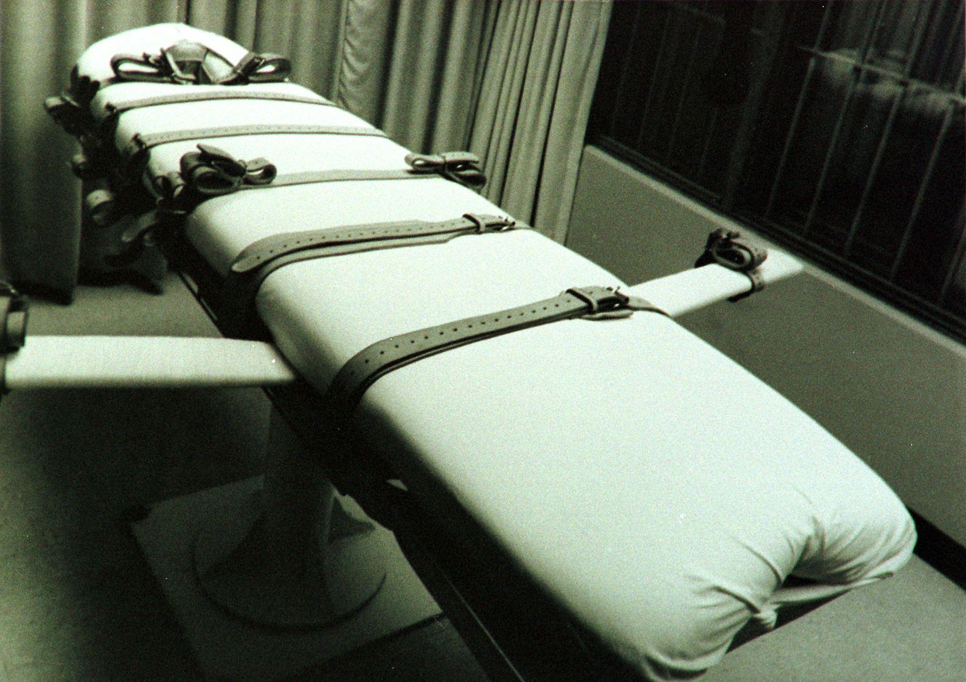 BLE HENRETTET: Bildet viser en båre som dødsdømte fanger legges på når de skal henrettes med en dødelig injeksjon, slik Rodney Berget ble i natt.