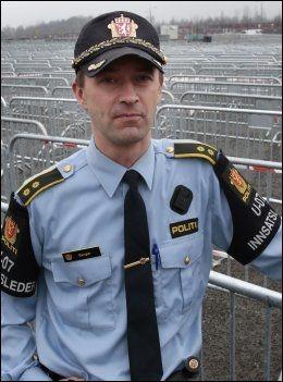 AVDVARER OGSÅ: Politioverbetjent Tomm Berger. Foto: NTB SCANPIX