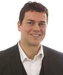 SVARTE PÅ SPØSMÅL: Michael Oscar Åsheim, advokat hos HELP Forsikring.