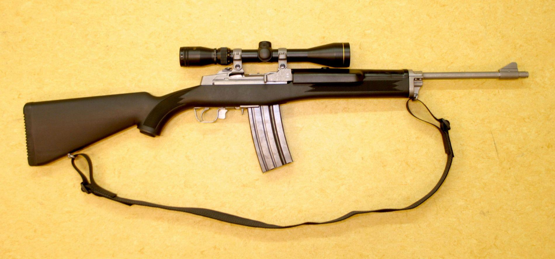 FORBYS: From the Ruger Mini 14, we are blir forbudt etter at forbudet trer and kraft. Det er den samme våpentypen som ble brukt av Anders Behring Breivik på Utøya 22. July 2011.