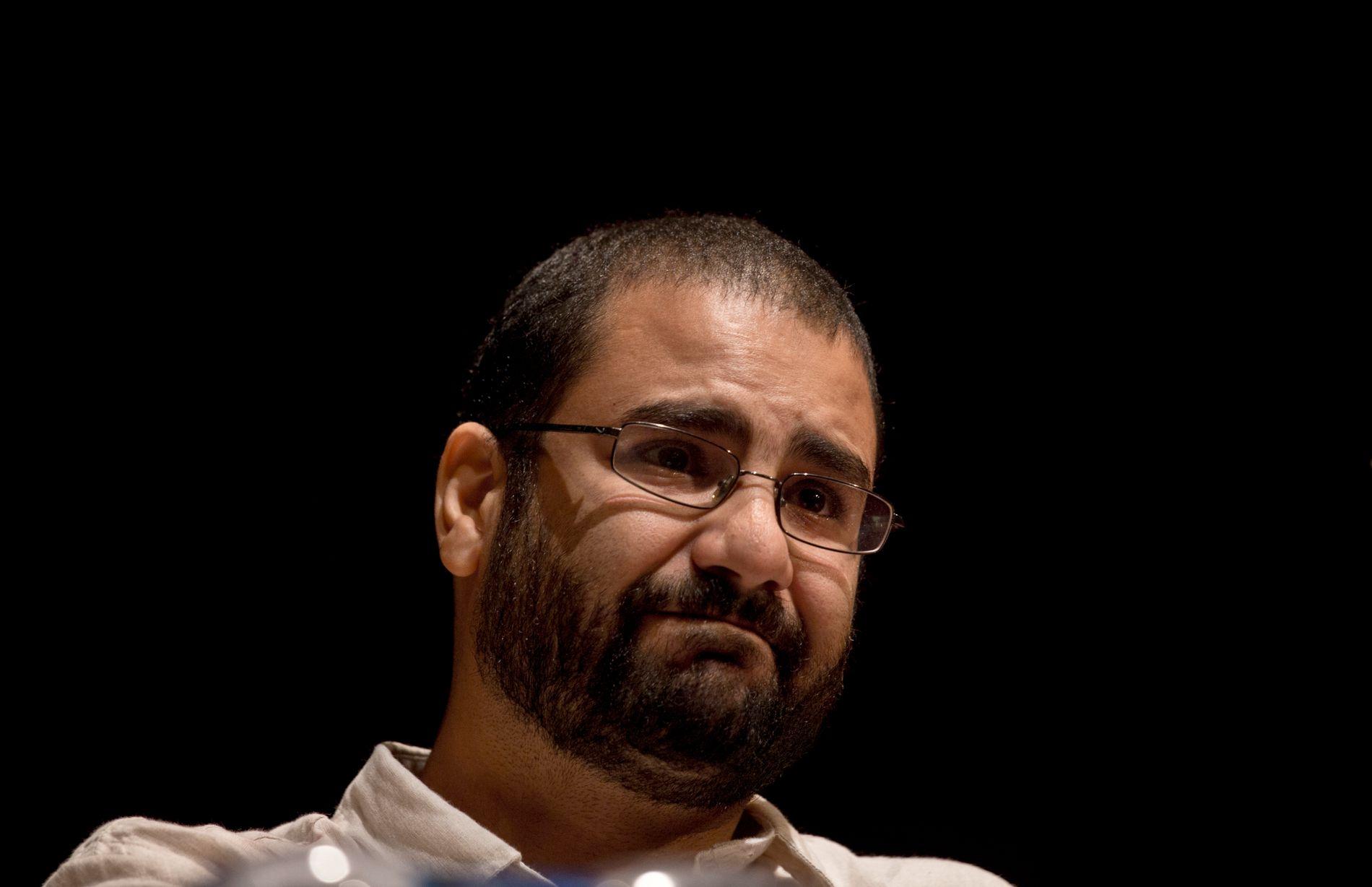 DØMT: Alaa Abdel Fattah, her fotografert under rettssaken i 2014.