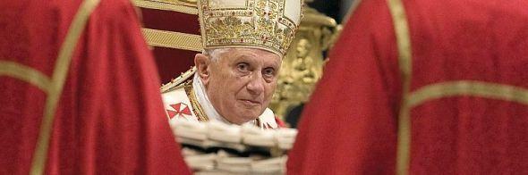 VIL HA MER KONTROLL: Frie markedskrefter har svært uheldige konsekvenser, mener paven.