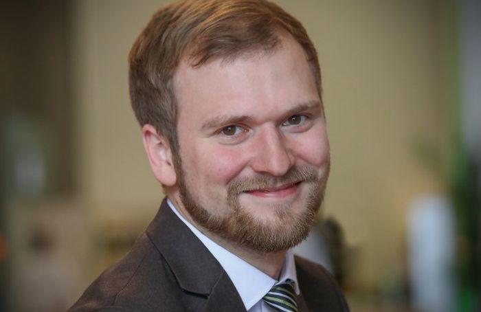 LITT RASKT UTE: Sps Willfred Nordlund (30) var svært raskt ute med ram kritikk av statsbudsjettet. Han innrømmer at kladden ble laget i forrige uke.