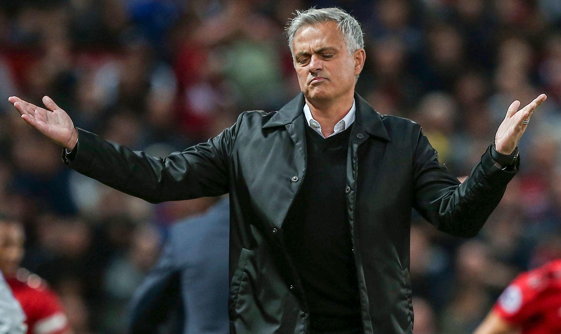 I HARDT VÆR: José Mourinhos da Manchester United tapte 0–3 for Tottenham mandag denne uken.