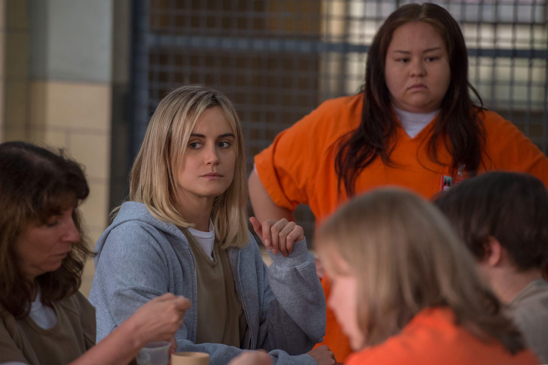 «GANGSTA»:  Piper Chapman (Taylor Schilling) prøver å verve en bodyguard for å opprettholde ryktet sitt som «bad-ass» i fengselet.