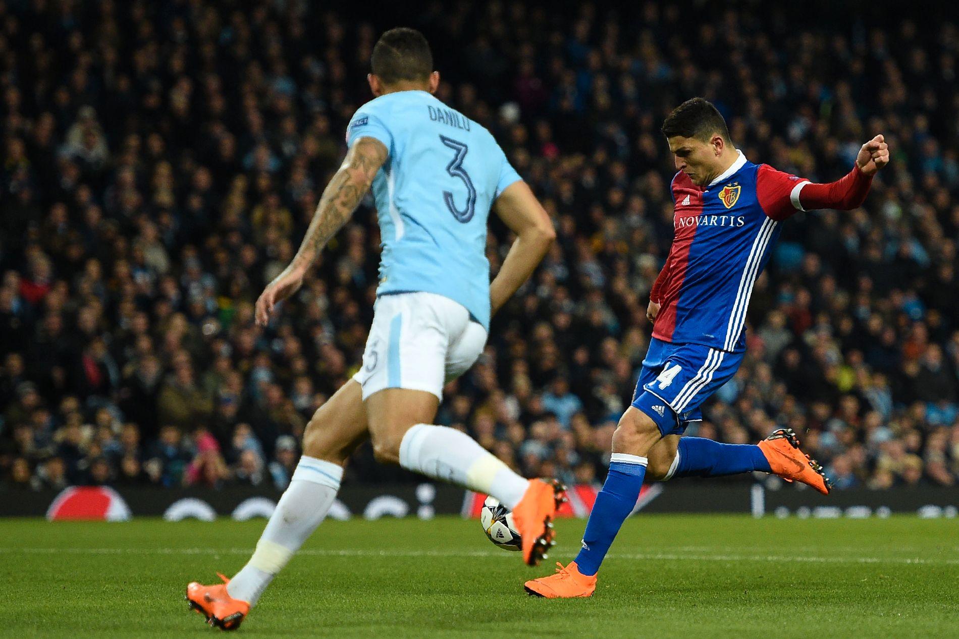 HERJET: Mohamed Elyounoussi var banens beste spiller, med ett mål og én assist, i Champions League-kampen mot Manchester City onsdag kveld.