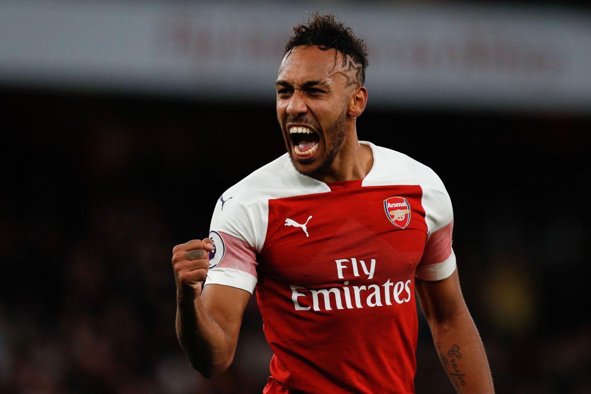 TOPPSCORER: Pierre-Emerick Aubameyang jubler etter en av to scoringer mot Tottenham. Han er toppscorer i Premier League med ti mål, to mer enn Sergio Agüero, Harry Kane og Raheem Sterling.