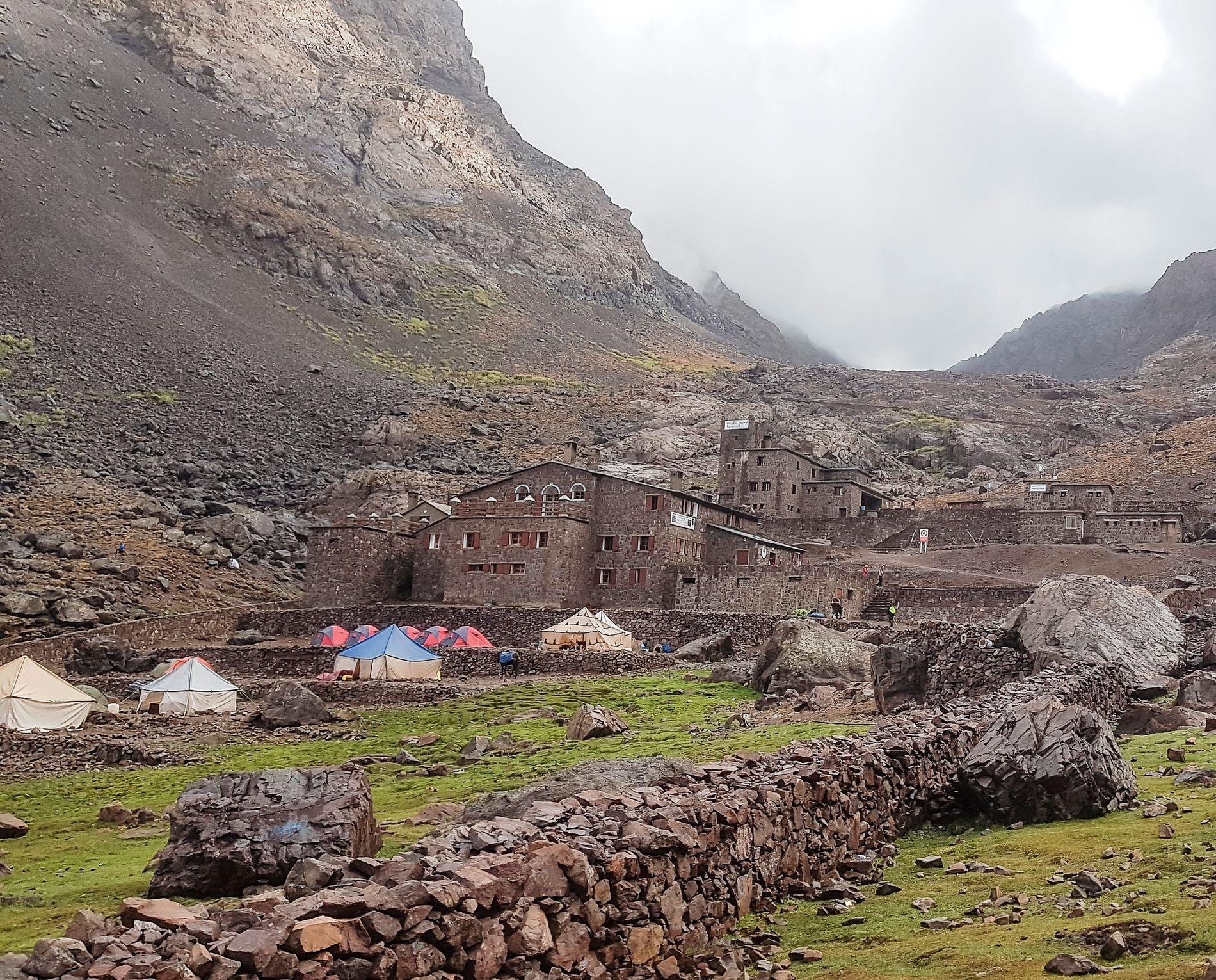 BASE CAMP: Club Alpin Français i Marokko ligger like ved stedet der kvinnene skal ha blitt funnet.