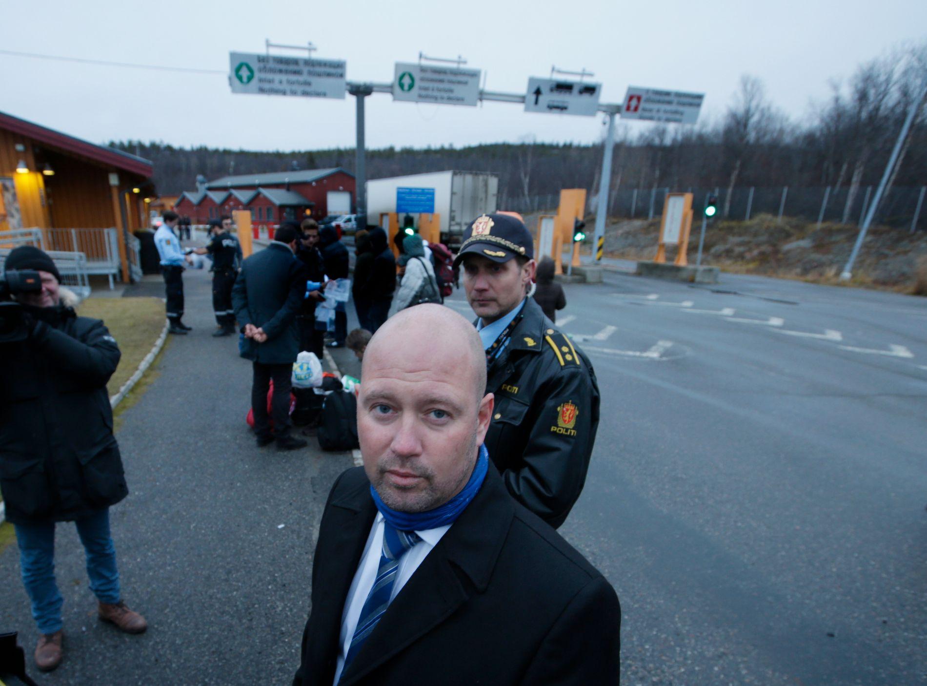 OVERPRØVDE POLITIET:  Justisminister Anders Anundsen (Frp) var selv på Storskog 20.oktober i fjor. Fem uker senere beordret han direkte retur av alle asylsøkere med engangs visum, selv om de ble blant avvist av russerne.