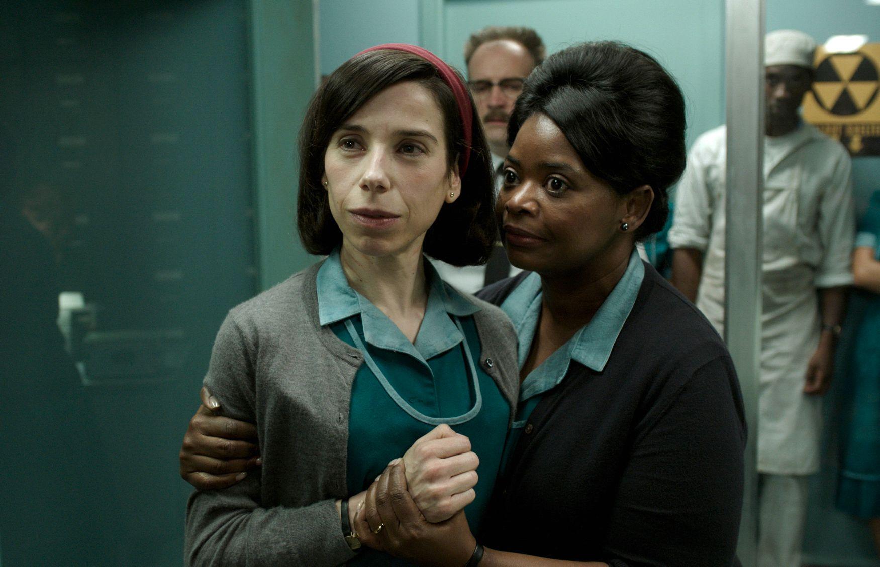 13 NOMINASJONER: «The Shape of Water» ble nominert i flest kategorier. Her er hovedrolleinnhaver Sally Hawkings og Octavia Spencer.