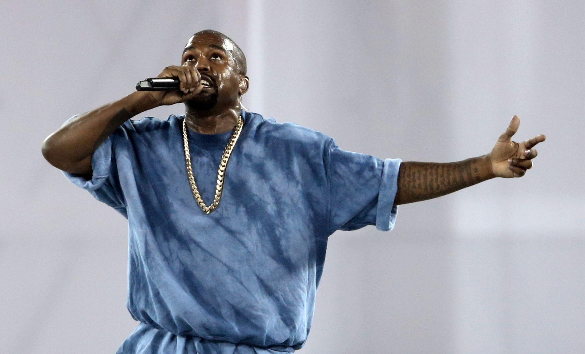 I STORMEN: Også lyttertalene til stjernen Kanye West skal ha blitt tuklet med.