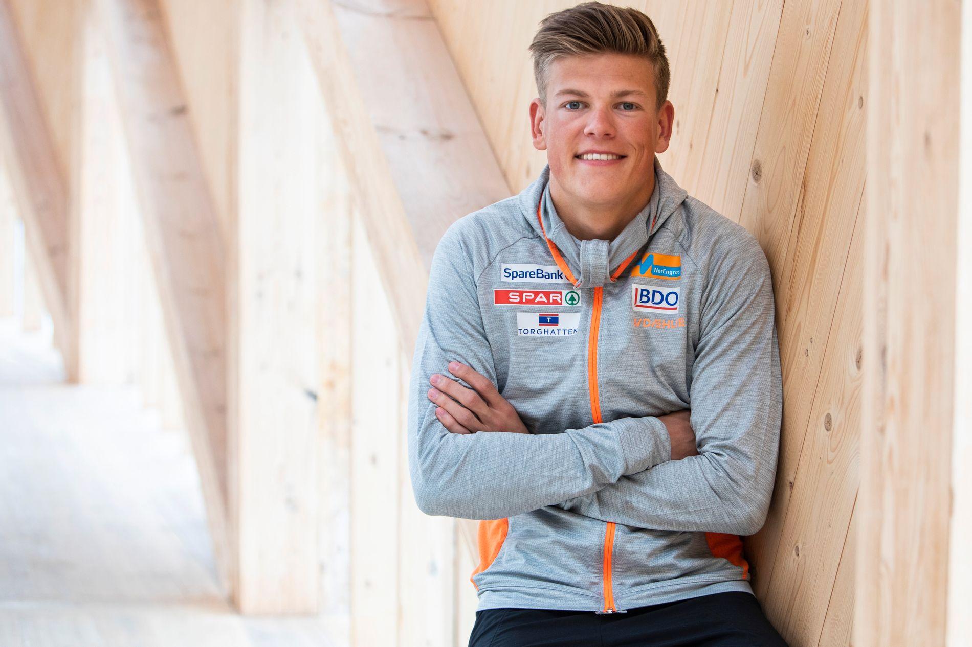 GULL-GUTT: Johannes Høsflot Klæbo tok tre VM-gull i Seefeld og tok verdenscupen sammenlagt forrige sesong. Her er han på samling på Sognefjellet i begynnelsen av mai.