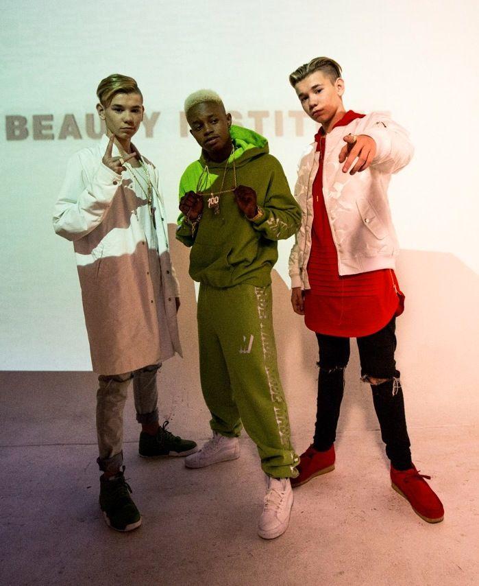 HAR MED GJEST: Marcus & Martinus har med seg den amerikanske rapperen Silentó på sin nye singel. Foto: ROBIN BØE/SONY