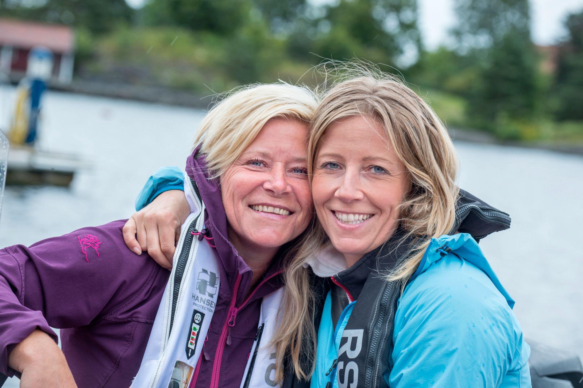 KLIMAKAMP: Generalsekretær i WWF-Norge, Nina Jensen, på båttur sammen med sin søster, finansminister Siv Jensen, i sommer.