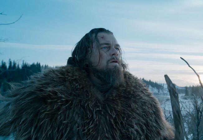 NOMINERT: Mange filmanmeldere tror Leonardo DiCaprio og «The Revenant» vil vinne under nattens utdeling.