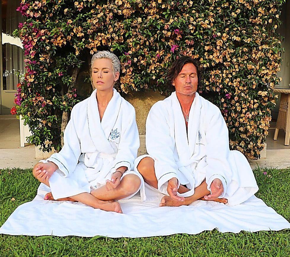 HAR BEGYNT MED MEDITASJON: Her et ferskt bilde av Gunhild og Petter fra Gunhilds instagramkonto. Hun har fortalt at hun har begynt å meditere to ganger 20 minutter hver dag.