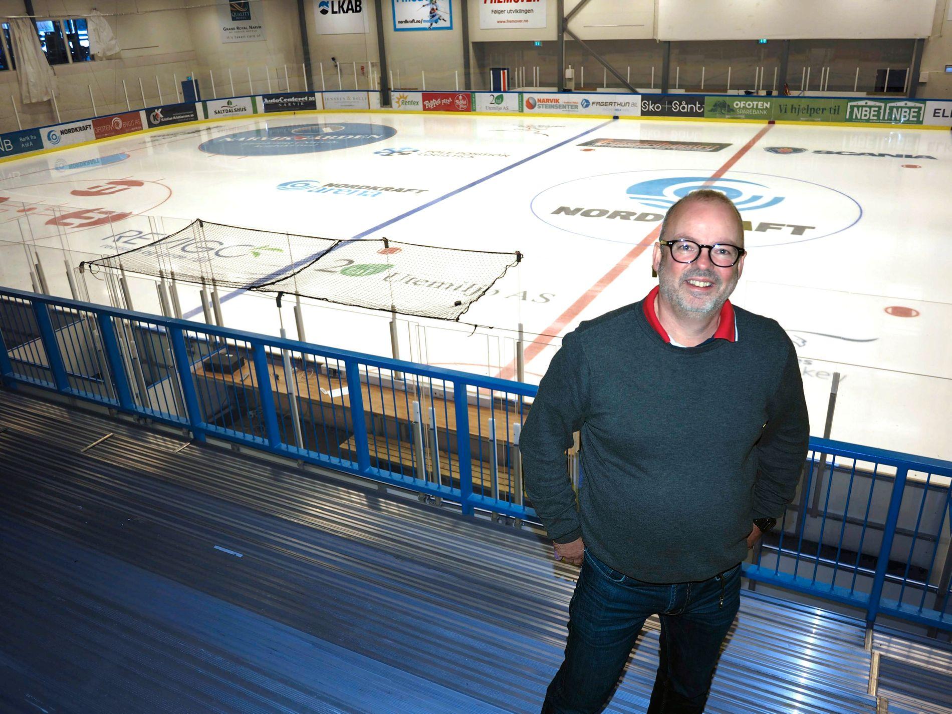 PÅ HJEMMEBANE: Styreleder i Narvik Hockey, Stig Winther, er avhengig av å få inn mer penger for å reisebudsjettet til å gå opp om det blir spill i Get-ligaen neste sesong.