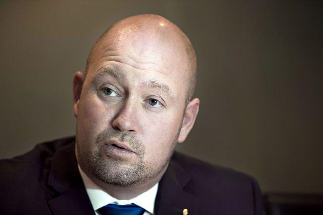 BLE MINDRETALL: Justis- og beredskapsminister Anders Anundsen (Frp) skulle lage loven som oppfylte Stortingets ønske om tiggeforbud. Forslaget han ble så omstridt at flertallet forsvant, og han måtte trekke forslaget.