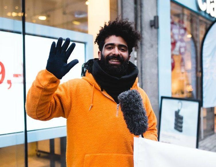 SER FREMOVER: Arman Surizehi tok til motmæle mot Humorprisen, men er nå klar for å bidra til at den blir bedre neste år.